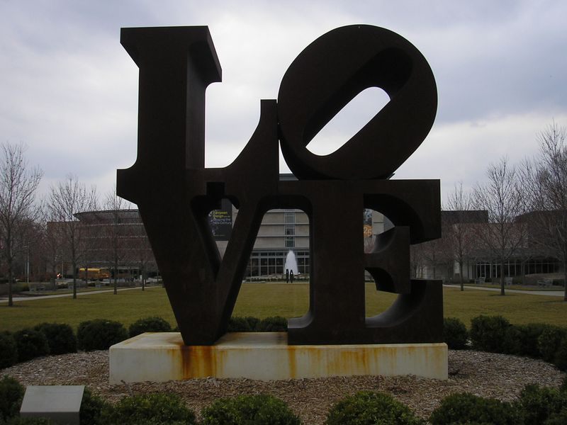 Love_sculpture